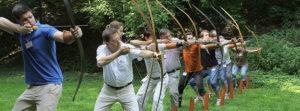 Aurex - Gruppe beim Bogen schiessen
